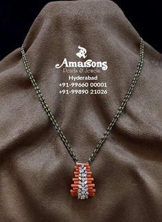 Beaded Jewelry Designs, Jewelry Design Earrings, Gold Earrings Designs, Gold Jewellery Design, Bead Jewellery, Pendant Jewelry, Gold Jewelry Simple, Coral Jewelry, Coral Earrings