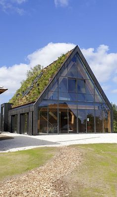 Architecture Durable, Green Architecture, Sustainable Architecture, Architecture Details, Future House, My House, Steel Framing, Patio Interior, A Frame House