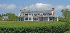 Jennifer-Lopez-house-in-Hamptons-exterior
