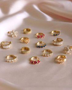 Ear Jewelry, Dainty Jewelry, Cute Jewelry, Gold Jewelry, Jewelry Accessories, Fashion Accessories, Fashion Jewelry, Jewelry Design, Summer Accessories