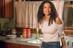 Phylicia Rashad, This Is Us, Stunt Doubles, Hot Stories, Mandy Moore, Little Island, Island Girl, Episode 3, Losing Her