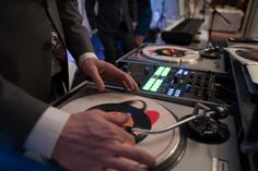 Edit image gallery - Weddingwire.ca