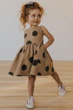 dresses-outfit ideas-little girl dresses-little girls-spring outfits Girls Summer Outfits, Little Girl Outfits, Cute Outfits For Kids, Little Girl Fashion, Toddler Girl Outfits, Spring Outfits, Little Girl Style, Children Outfits, Children Clothes