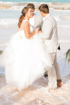 Bride Photos and Ideas - Style Me Pretty Weddings - Picture - 1412962