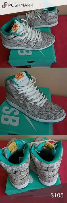 2015 Nike SB Dunk High PRO Size 11.5 MEN Worn only 2 times outdoor...Rated 9.4/10...Shoes color is kinda greyish silver in green and white combo making it extra ordinary combination of colors. Very beautiful shoes!! Nike Shoes Sneakers