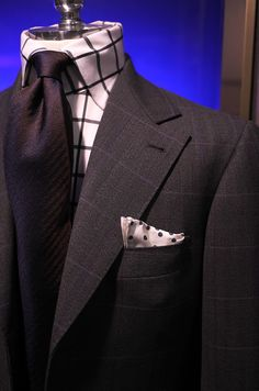 Fiorio Silk Tie / Holland & Sherry(highland glen) Jacket / B Cotton Shirt / E. G Cappelli Pocket Square