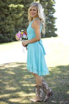 2016 Light Sky Blue Country Bridesmaid Dresses Short Jewel Neck Western Wedding Guest Wear Plus