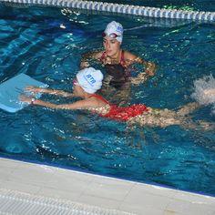 Özel yüzme dersi ve İstanbul özel yüzme kursu.