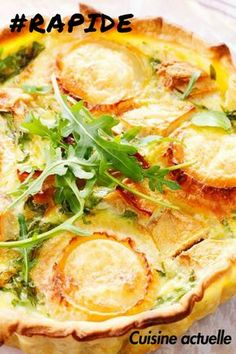 A quiche with apples and goat fast to feast! Healthy Cooking, Cooking Recipes, Healthy Recipes, Salty Tart, Quiche Lorraine, Tart Recipes, Creative Food, Vegetable Pizza, Meal Planning