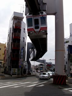 DSCI2632 湘南モノレール by mr_nihei, via Flickr    Would not mind living in the apartments to the left, somehow.