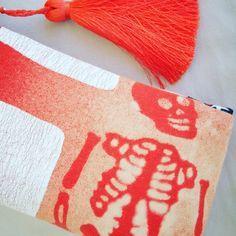 Roten Skelett mit Reißverschluss-Etui mit großer von MrMarsuka