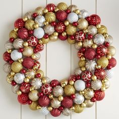 Ornament Ball Wreath - Red & Gold