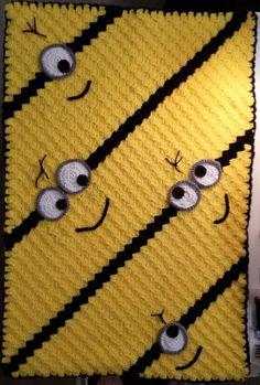 Crochet this adorable minion blanket! Crochet Afgans, Crochet Quilt, Knit Or Crochet, Filet Crochet, Baby Blanket Crochet, Crochet Crafts, Yarn Crafts, Yarn Projects, Crochet Projects