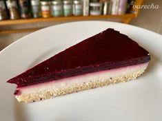 Nepečený zákusok s lesným ovocím - recept | Varecha.sk Tuna, Cheesecake, Treats, Fish, Sweet Like Candy, Goodies, Cheesecakes, Pisces, Sweets