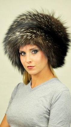 Cappello classico in autentica pelliccia di volpe argentata  www.amifur.it