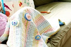 lovely idea for flowers on a simple quilt