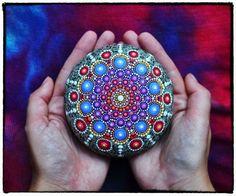 Hermosas piedras pintadas a mano