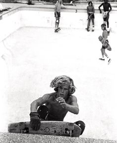 """""""Venice Skate/Surf Pics"""" of the Day Old School Skateboards, Vintage Skateboards, Snowboard, Bufoni, Skateboard Photos, Skate Photos, Lords Of Dogtown, Jay Adams, Black And White Beach"""