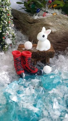 Check out this item in my Etsy shop https://www.etsy.com/listing/252407971/fairy-garden-bench-with-red-ice-skates