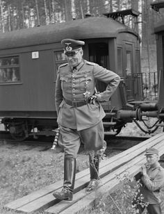 Generalfeldmarschall Wilhelm Keitel German Soldiers Ww2, German Army, History Of Germany, Man Of War, Military Pictures, The Third Reich, World War Two, Wwii, American Pride