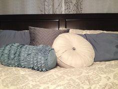 Fancy Pillows. Master Bedroom.