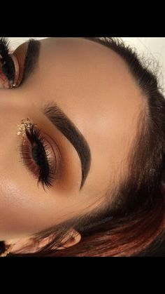 eyeshadow and makeup and eyeshadow looks makeup tutorials makeup history makeup for brown eyes makeup without eyeliner eyeshadow makeup on dark skin revolution 144 eyeshadow palette 2018 Makeup On Fleek, Cute Makeup, Gorgeous Makeup, Pretty Makeup, Sleek Makeup, Cheap Makeup, Dark Makeup, Makeup Goals, Makeup Inspo