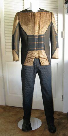 Elim Garak outfit