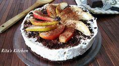 Oggi vi propongo una una torta fredda di ricotta, pere e cioccolato. Tre ingredienti che si sposano benissimo tra loro, un dolce assolutamente da provare.