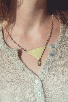 collier triangle collier or et argent par Cestbonpourcquetas