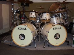 Philip Adam's Tama Starclassic Performer EFX in White Silk is our Kit of the Week! Thanks for being a part of the family! Double Bass Drum Set, Drum Pad, Snare Drum, Drum Kits, Percussion, Drummers, Music Instruments, Bench, White Silk
