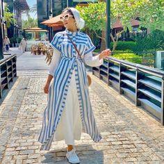 hijab outfits for summer break Hijab Fashion Summer, Modern Hijab Fashion, Muslim Fashion, Modest Fashion, Fashion Outfits, Fashion Trends, Mode Abaya, Mode Hijab, Iranian Women Fashion