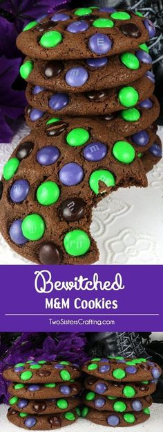 Bezauberte M & M-Kekse Bewitched M&M Cookies – super yummy, easy to make and chock full of colorful M&M's. This cookie recipe is a fun Halloween cookie that your family will clamor for. This is a Halloween dessert that will wow the guests at your Hallowee Halloween Snacks, Halloween Mono, Hallowen Food, Dessert Halloween, Fete Halloween, Halloween Goodies, Halloween Deserts Recipes, Halloween Food Ideas For Kids, Halloween Party Drinks