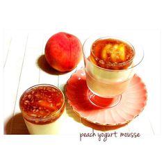 クックパッド レシピID : 2297435  を、参考に桃のヨーグルトムース  上部は、赤ワインと細かく刻んだ桃のゼリーでアレンジしました - 130件のもぐもぐ - 桃のヨーグルトムース by welcomeizumi