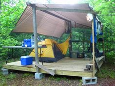 RV And Camping. Great Ideas To Think About Before Your Camping Trip. For many, camping provides a relaxing way to reconnect with the natural world. If camping is something that you want to do, then you need to have some idea Camping Ideas, Table Camping, Backyard Camping, Camping Glamping, Camping Hacks, Campsite, Outdoor Camping, Family Camping, Camping Storage