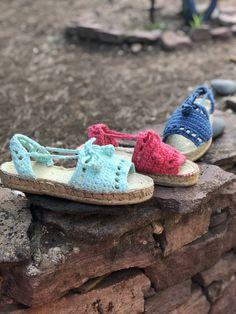 Menorquinas Lolita a crochet Baby Shoes, Slippers, Crochet, Kids, Fashion, Young Children, Moda, Boys, Fashion Styles