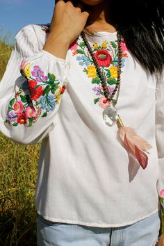 Hungarian Beauty Vintage Hand Embroidered Peasant Blouse 50s 60s Mayto on Etsy, Sold