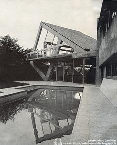 Versailles - Maison Drusch Architecte: Claude Parent Ingénieur conseil: D.M. Davidoff Décoration: Roger Fatus Construction: 1963 - 1965