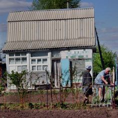 Some dachas (holiday homes in Russia) are cobbled together from whatever materials are available. Resourceful.