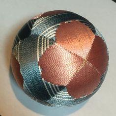 Works - capital Temari - page! Soccer Ball, Balls, Handmade, Futbol, European Soccer, Hand Made, Football, Handarbeit