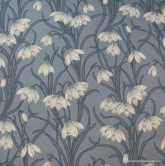 1920's Vintage Wallpaper Stunning White floral on blue background
