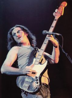 Geddy! Great Bands, Cool Bands, Rush Concert, A Farewell To Kings, Rush Band, Geddy Lee, Neil Peart, Greatest Rock Bands, Hard Rock