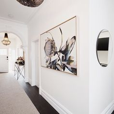 the secrets by anya brock as seen in the gorgeous hallway of - Douche Italienne Dimension1752