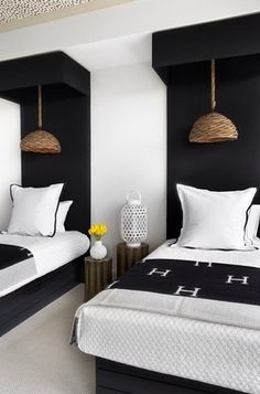 Guest Bedroom Inspiration from Lee Kleinhelter Model Apartment Room decor design Home Interior, Interior Design, Interior Stylist, Home Design, Bathroom Interior, Interior Ideas, Modern Interior, Black And White Interior, Black White
