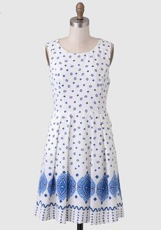 This darling white dress features a scattered blue geometric pattern all over and a global-inspired block pattern at the hemline. Finished with a pleated skirt and exposed back zipper closure, th. Modern Vintage Dress, Vintage Dresses, Vintage Outfits, Vintage Clothing, Petite Outfits, Petite Clothes, Vintage Inspired Fashion, Ruched Dress, Pleated Skirt