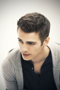 Hayden Christensen...not a very good actor, but hey, he's pretty darn cute.
