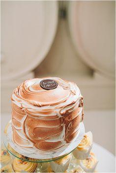 Magnus & Suzanne se bruilofsfees by Groenrivier Cake & Co, Peanut Butter, Wedding Cakes, Desserts, Food, Deserts, Wedding Cake, Cake Wedding, Dessert