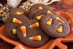 Halloween Special: Childrens' Party Ideas | Stretcher.com - Affordable and suitable ideas for sweets, treats and fun for elementary-age kids' parties.