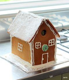 Baking Makes Things Better: How to make a Gingerbread House Make A Gingerbread House, Us Foods, Kids Christmas, Baking, School, Desserts, Recipes, Tailgate Desserts, Deserts