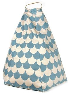 Puf Nobodinoz Marrakech by Flexa Blue Kids Furniture, Playroom Furniture, Furniture Design, Marrakech, Pouf Design, Shape Design, Blue Bean Bags, Blues Scale, Cotton Twill Fabric