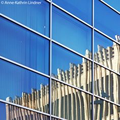 Spiegelung, Architekur, blau, Innenstadt, Stadt, Fassade, Spiegel, Reflektion, Reflex, Chemnitz, Sachesen, Deustchland, Optik, Gebäude, Haus